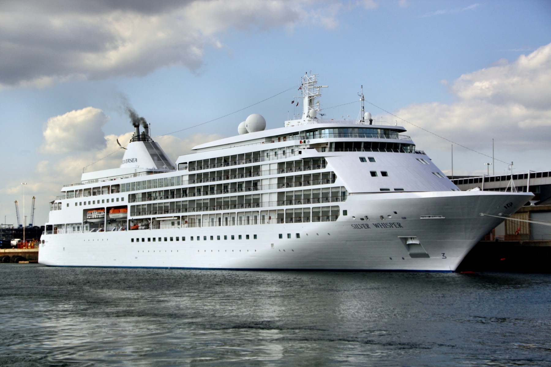 Discover The Ultimate Luxury Cruise